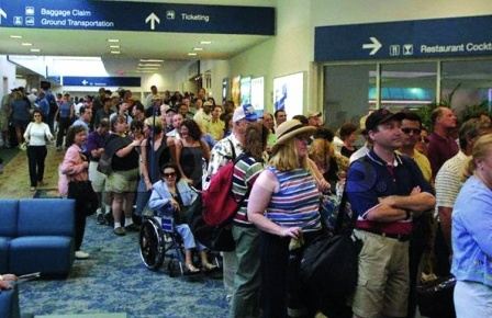 airport-lines-of-peopletif.jpg