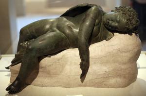 800px-WLA_metmuseum_Bronze_statue_of_Eros_sleeping_7