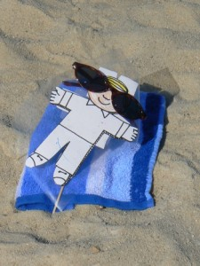 03_flat_stanley_at_the_beach_march_2