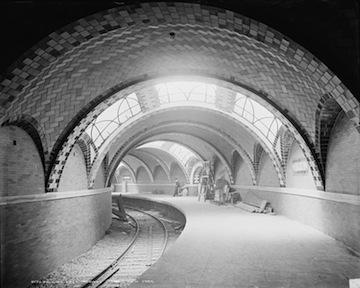 751px-City_Hall_Subway_station
