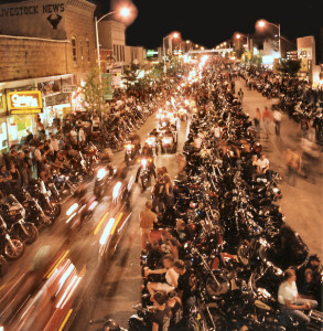 2008_Sturgis_Motorcycle_Rally,_street_at_night
