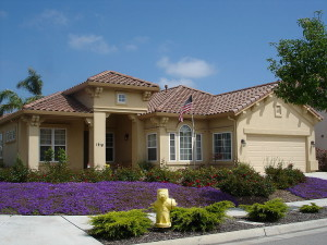 800px-Ranch_style_home_in_Salinas,_California