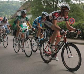 Tour_de_france_2005_8th_stage_olr_02